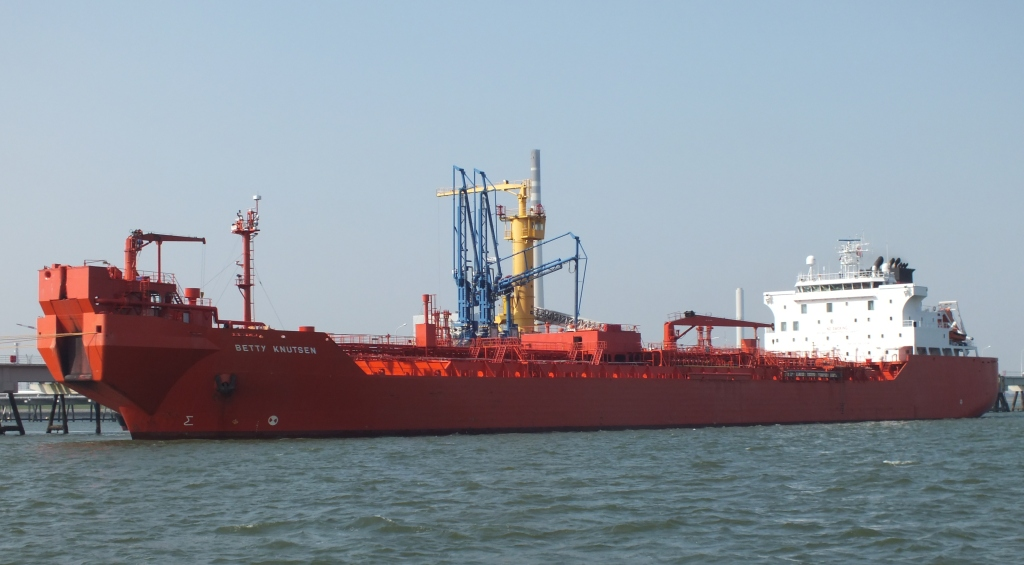 Tanker Betty Knutsen