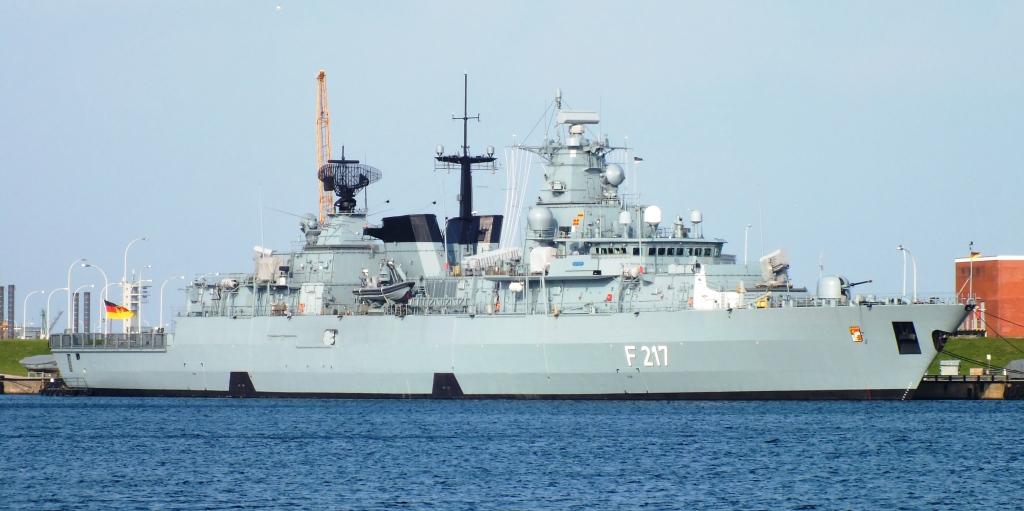 Fregatte Bayern im Nordhafen